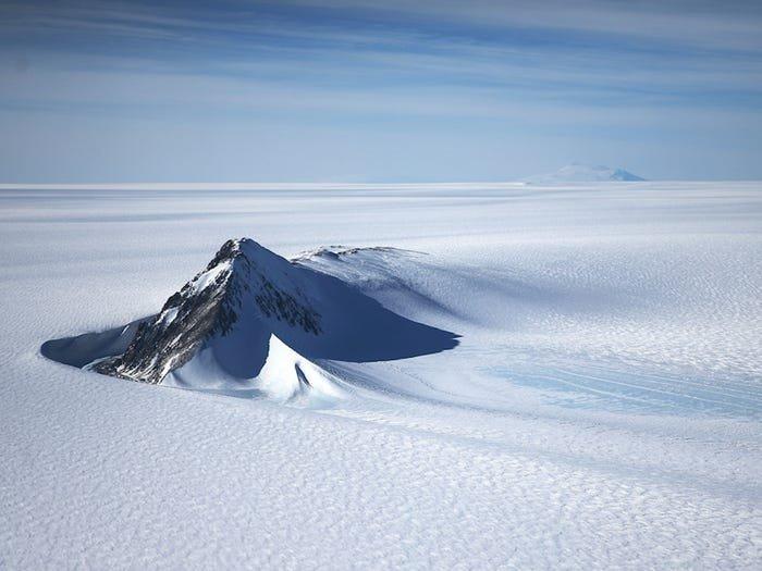 В Сухих долинах Антарктиды