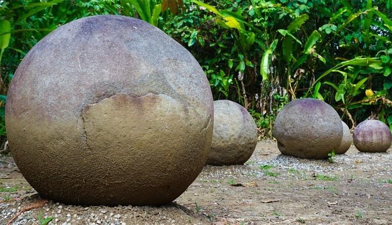 Каменные шары Коста-Рики