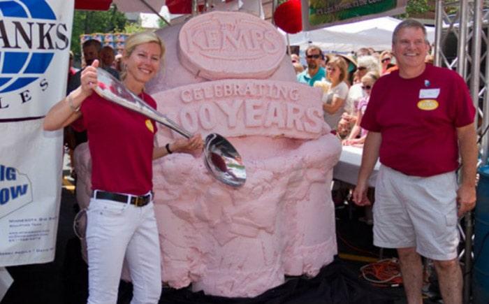 Самый большой рожок мороженого