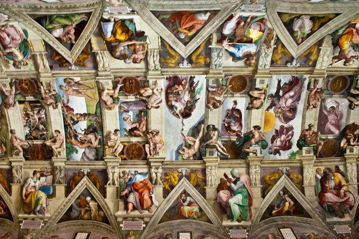Потолок Сикстинской капеллы в Риме