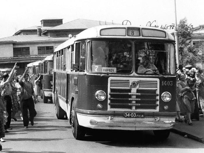 Автобус — ЗиЛ-158