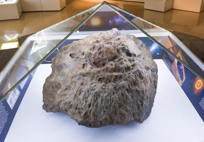 обломок Челябинского метеорита