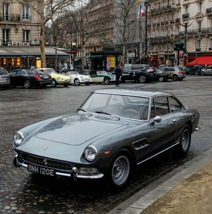 Ferrari 330 GT 1966 года