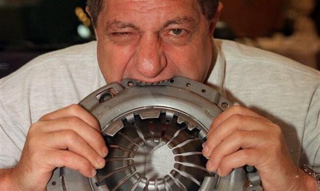 Мишель Литото - человек, который съел самолет