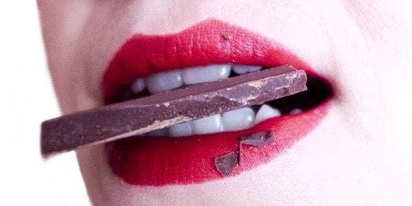 Продукты, которые могут изменить цвет зубов