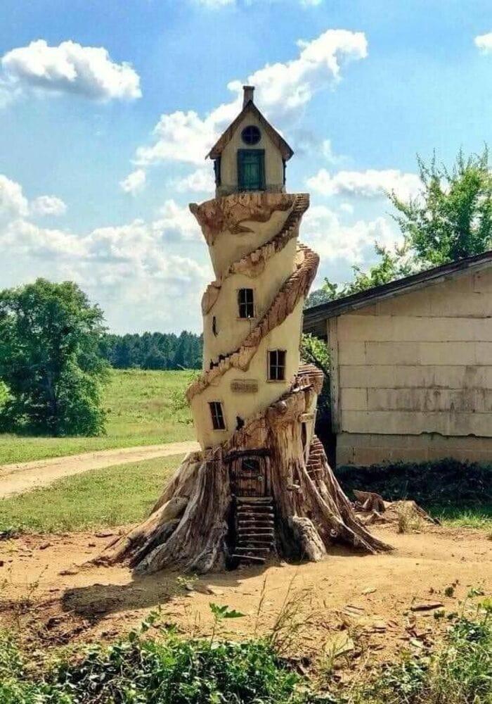 Башня с домиком