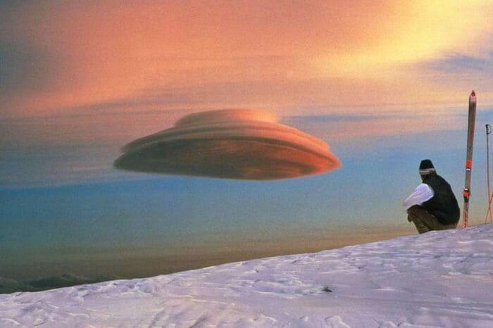 Чечевицеобразное облако