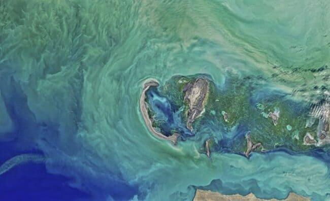 Каспийское море - это фактически озеро