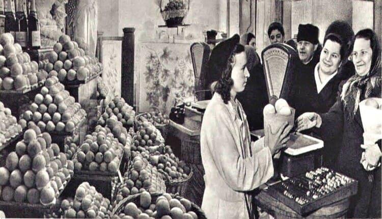 В овощных магазинах