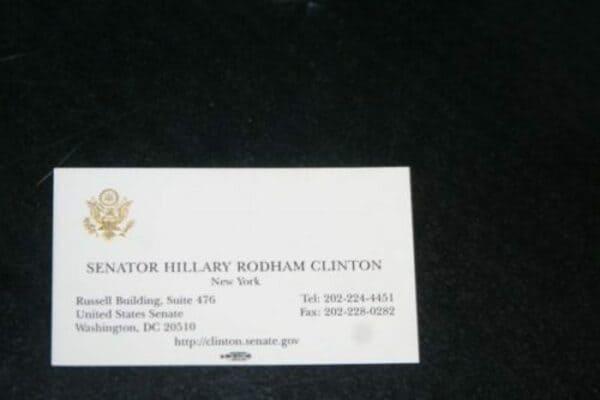 Визитная карточка Хиллари Клинтон