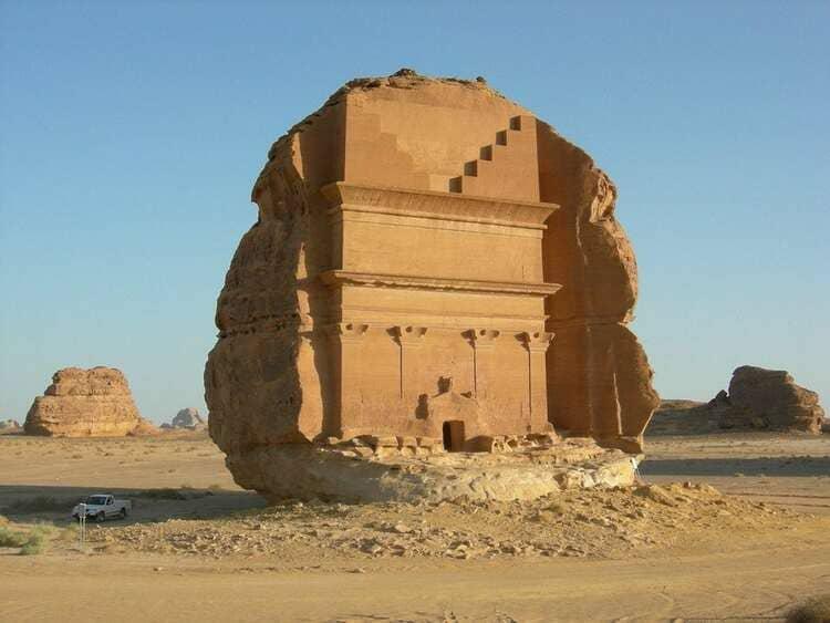 дворец Мадаин-Салих