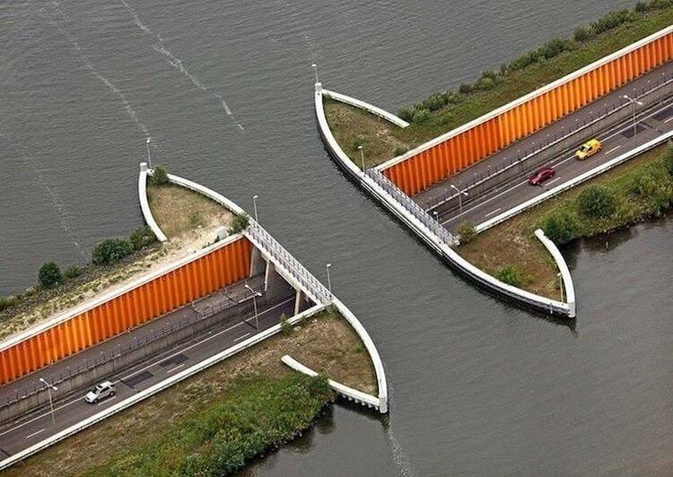 водяной мости Veluwemeer