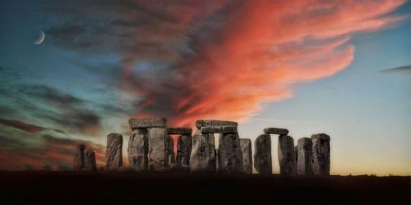 6 самых загадочных камней в мире