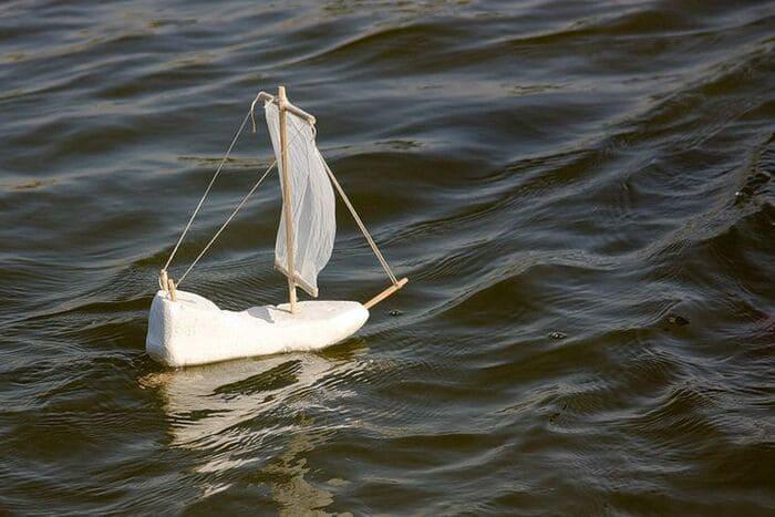 Пускать кораблики