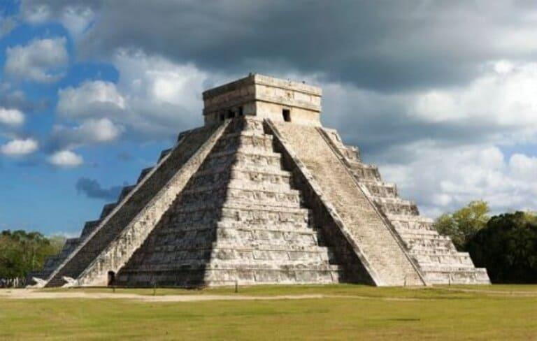 8. Пирамида Чичен-Ицы