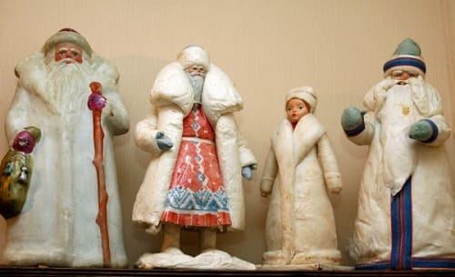 Снегурочка и Дед Мороз сделаные из папье-маше