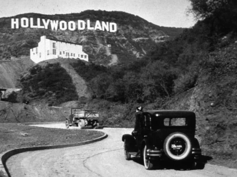 Знак Hollywoodland