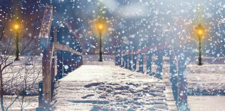 Ученые из Калифорнии научились извлекать электричество из снегопада