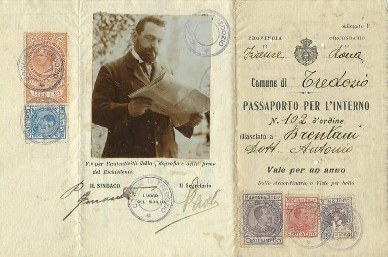 Фотография итальянского паспорта 1918 года
