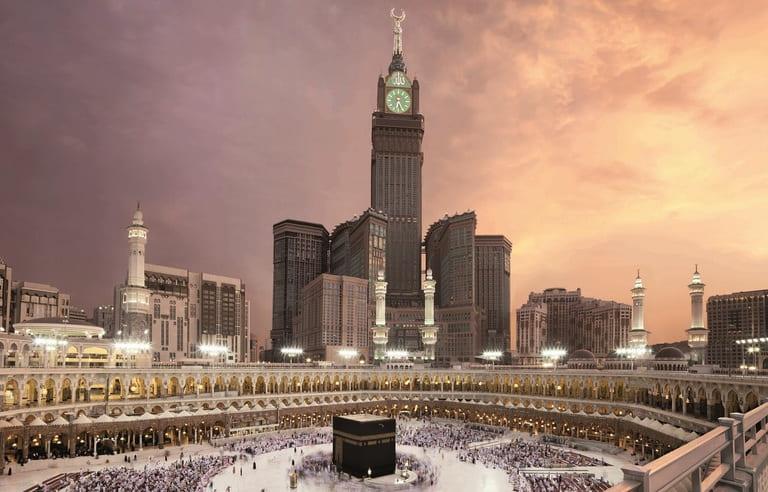 Королевская часовая башня (Abraj Al-Bait Clock Tower)