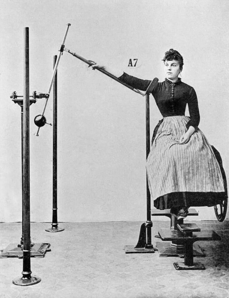 Аппарат для увеличения подвижности рук и плеч