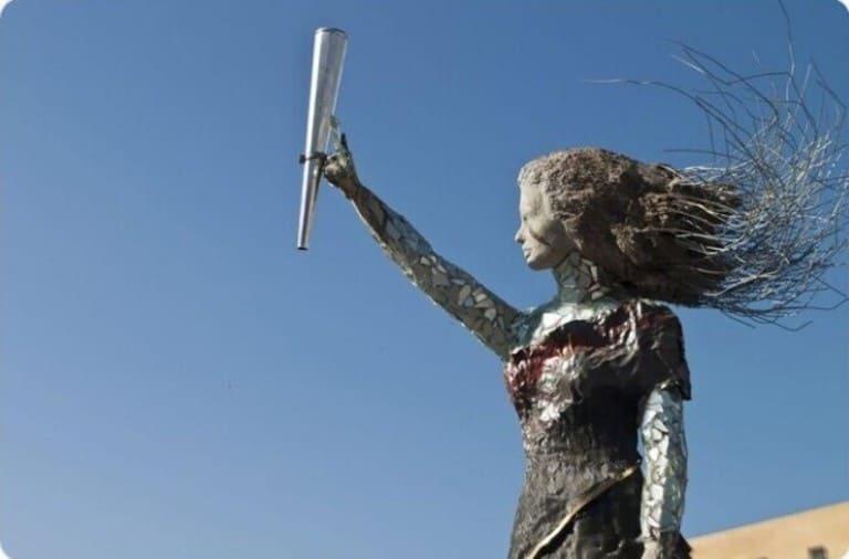 скульптор Хайат Назер