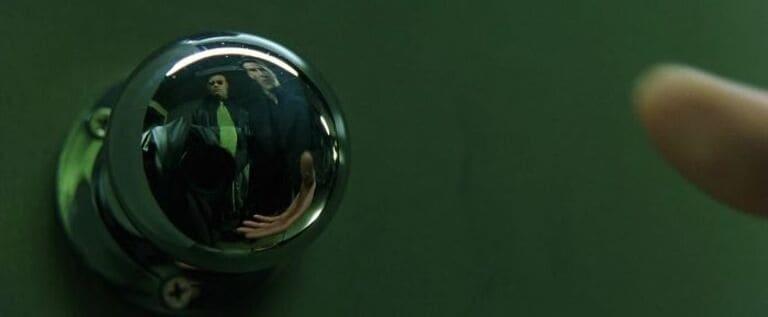 спрятать камеру в дверной ручке