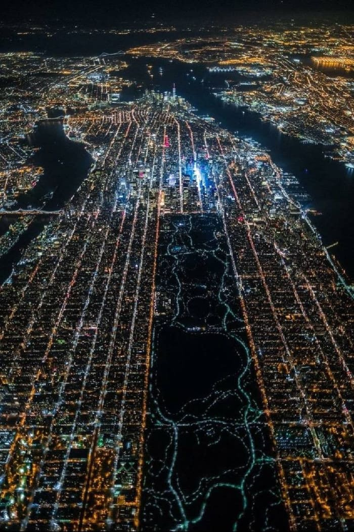 над Нью-Йорком
