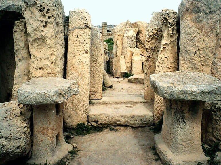Хаджар-Ким и Мнайдра, Мальта (3700 – 3200 г. до н. э.)