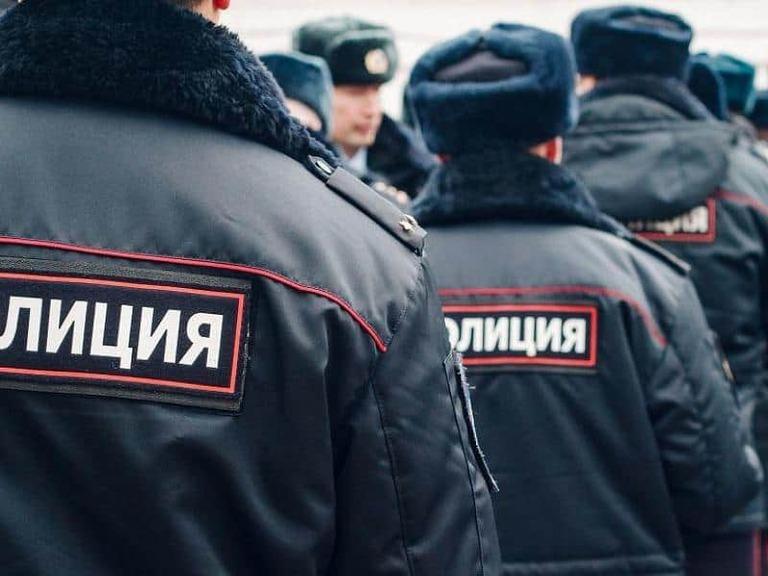 Почему милицию в России переименовали в полицию