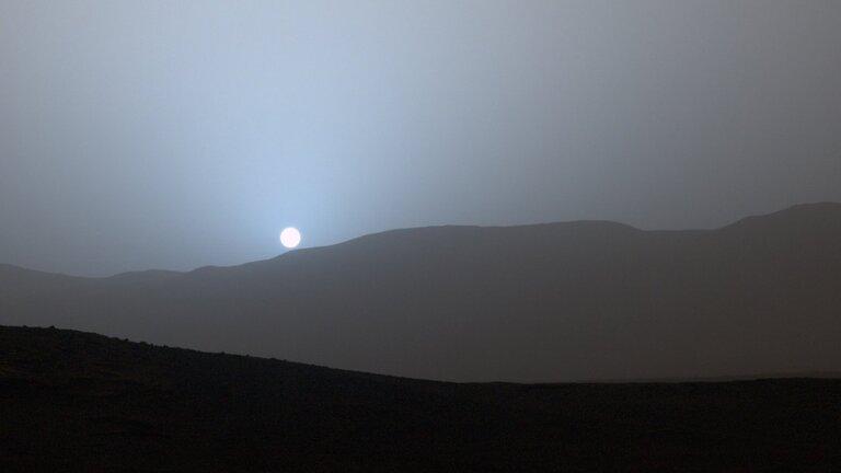 Реальный закат на Марсе, снятый ровером Curiosity