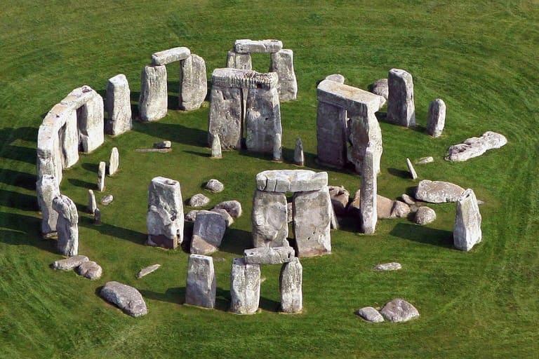 Стоунхендж, Великобритания (3000 – 2000 г. до н. э.)