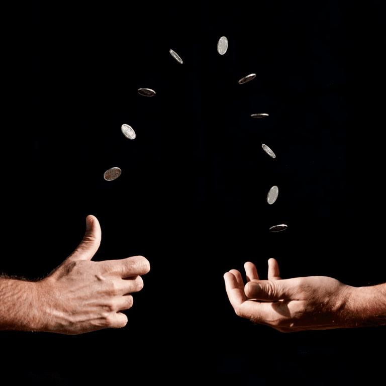 как приземлится монета