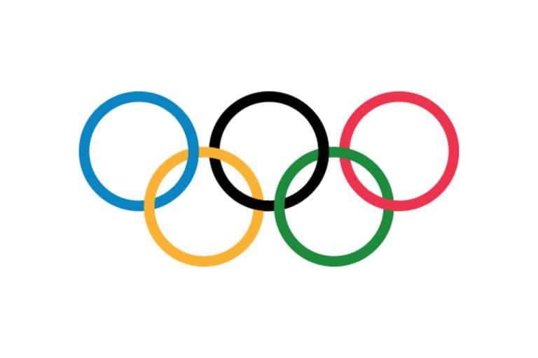 Официальный олимпийский флаг