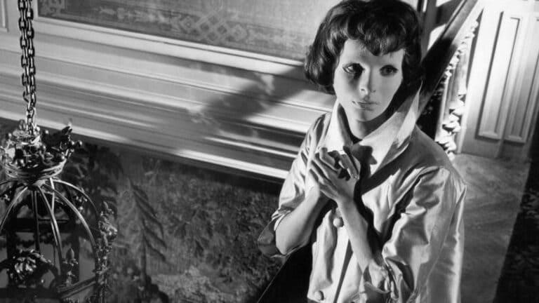 2. Глаза без лица (1960) - 7.7