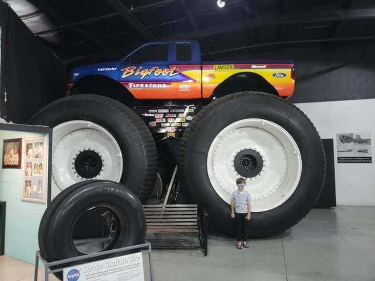 грузовика Bigfoot 1999 года