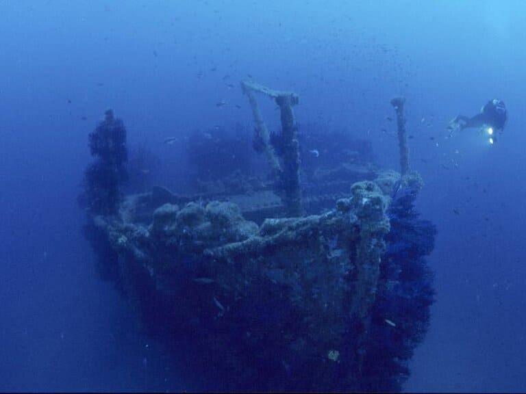 обломков затонувших кораблей