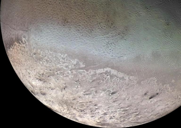 Спутник Нептуна Тритон.